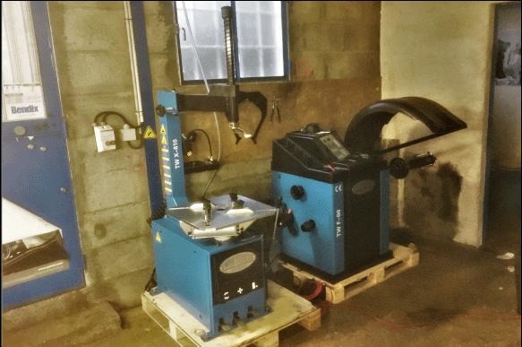 self-garage-44-49-85-3